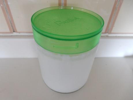 ヨーグルトを自家製の簡単な作り方で6時間で出来る常温での方法とは!